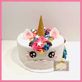 Eenhoorn/ unicorn 3D met ijshoorntje taart 10 personen