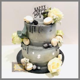 Verse bloemen, witte macarons grijs, zilver en zwarte Driptaart 16 personen