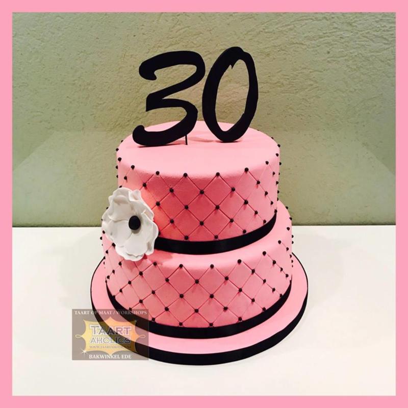 30 jaar taart 16 personen
