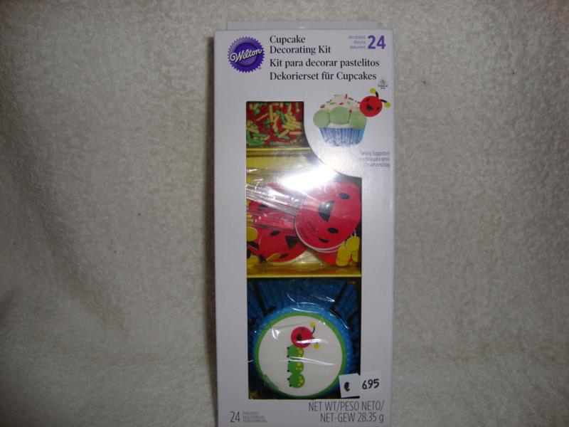 Cupcake decoratieset Wilton 03-2530 (ZONDER SUIKERGOED)