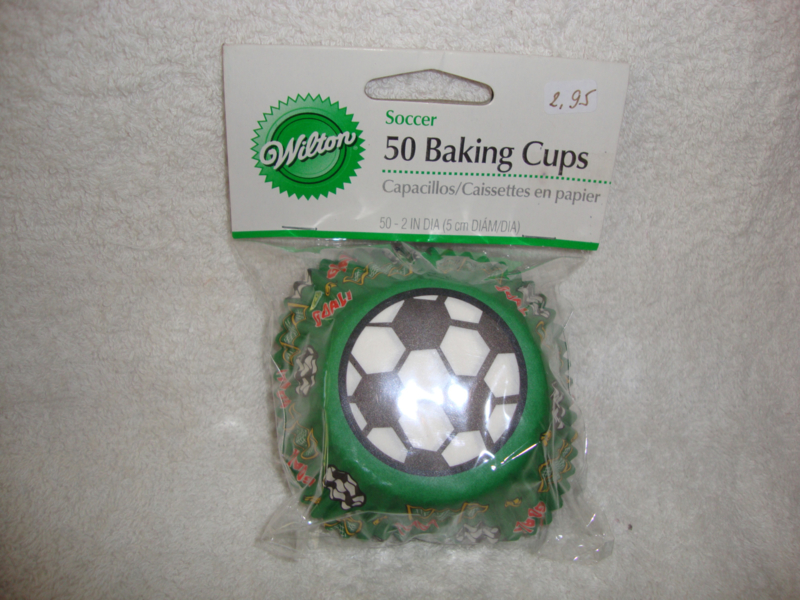 Cupcake vormpjes Voetbal 50 stuks Wilton - 415-296