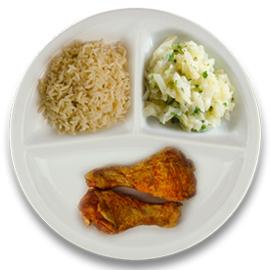 Gemarineerde kipdrumsticks, volkoren rijst, witte kool à la crème kruiden