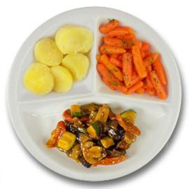 Veg. groentehachee met gekookte aardappelen en wortelen