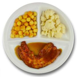 Speklapje met vleesjus, gebakken aardappelen, bloemkool