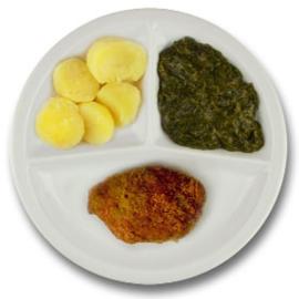 Kip gehakt cordon bleu met vleesjus, gekookte aardappelen, spinazie