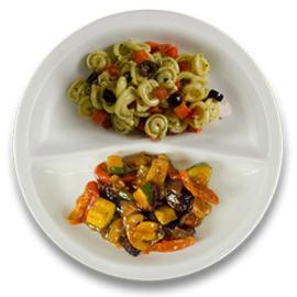 Veg. groentehachee met courgette, pastaschelpjes met pesto