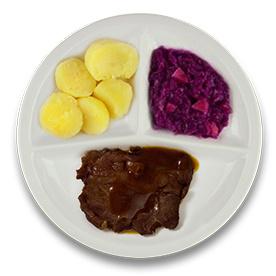 Rundersukade met jus, gekookte aardappelen, rode kool met appel
