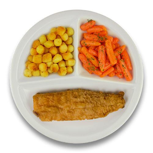 Gebakken lekkerbekje met jus, gebakken aardappelen, wortelen met peterselie