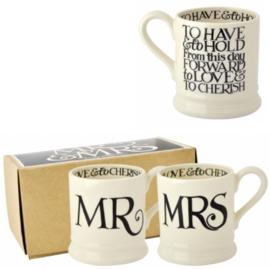 Half pint mugs Mr & Mrs Black Toast