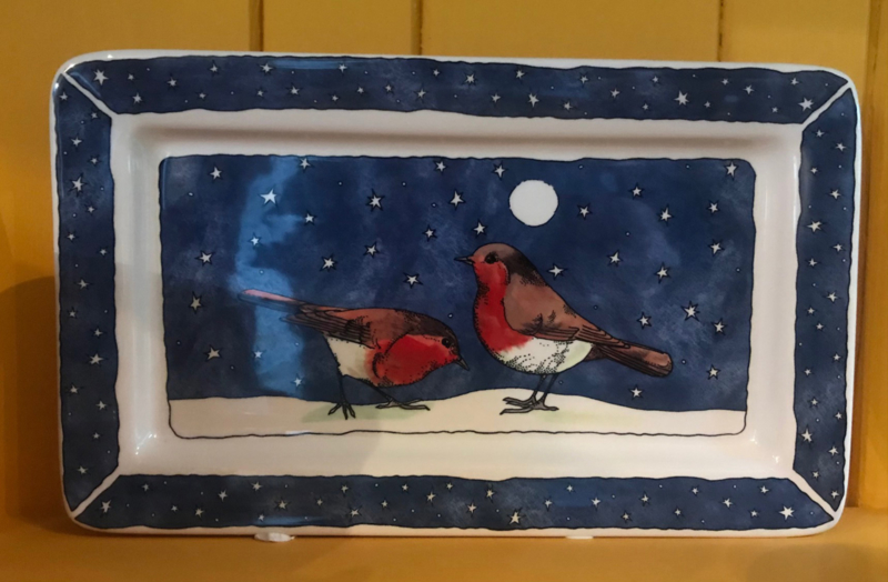 Medium oblong plate Robin in the Snow