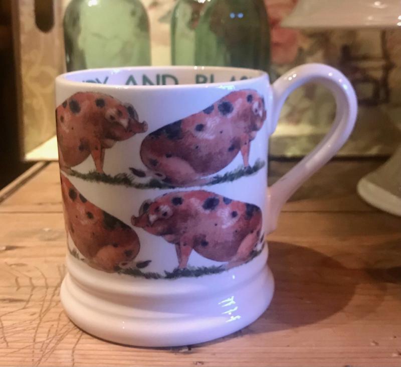 Half pint mug Oxfordshire Sandy and Black
