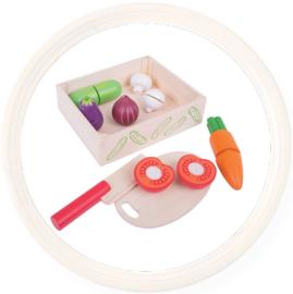 Houten speelgoed snij groente in kistje