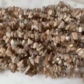 Helioliet edelsteen chips kralen 10 gram (ca. 40-50 stuks)