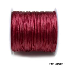 1 meter  bordeaux rood macrame nylon koord 0.8mm