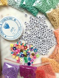 Summerbox - inclusief, letterkralen, elastiek, Candy rush kralen