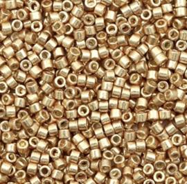 Miyuki Delica's Duracout Glavanized Champagne gold 2mm