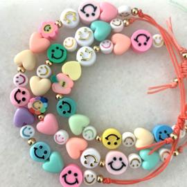 Happy Smile Macrame Candy armband