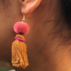 Earrings Pompon 1 Layer - Bruin/ Roze