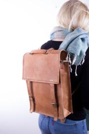 """Saadagee Leather 15,6"""" – Oil Color"""