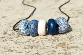 Rondelle - Navy/ White Light 5 beads