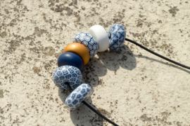 Rondelle - Navy/White with contrast 7 beads