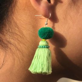 Earrings Pompon 1 Layer - Zacht Groen/ Groen/ Groen