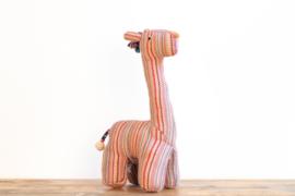 Fair Trade handgeweven knuffel Giraffe - Recycle Patroon Roze