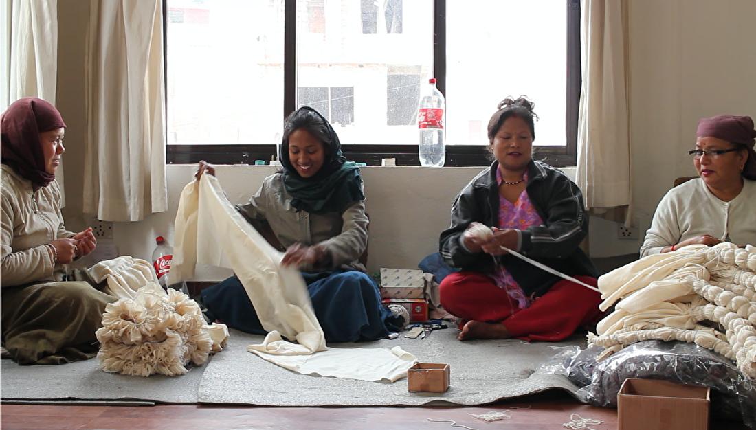 MuniMuni Tie Dye Nepal shawl 1.png