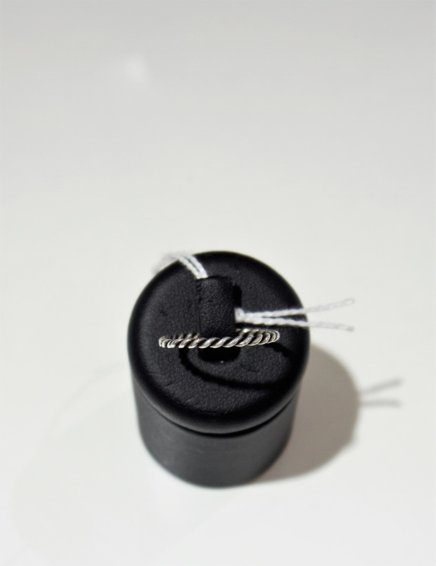 Thin Ring ''Rope''