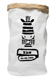 Paperbag van geboortekaartje Xam persoonlijk kado