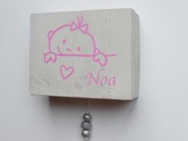 Muziekdoosje Noa op basis van haar geboortekaartje