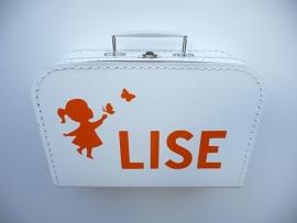 Koffertje met het geboortekaartje kraamkado Lise