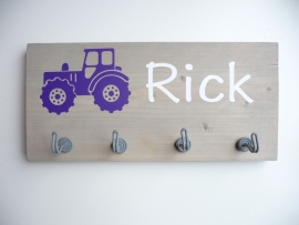 Kapstok met naam tractor