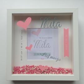Kraamcadeau met naam geboorte 3D lijst op basis van het geboortekaartje Mila