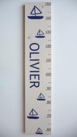 Groeimeter  persoonlijk kraamcadeau Olivier