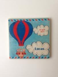 Geboortekaartje op hout kraamcadeau Lucas