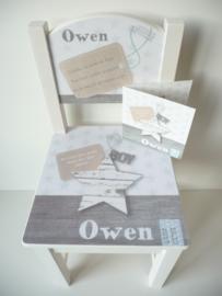Persoonlijk cadeau geboortestoeltje met geboortekaartje Owen