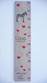 Groeimeter  hout van geboortekaartje kraamcadeau Livia