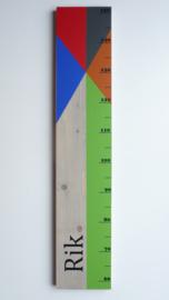 Groeimeter  van geboortekaartje kraamcadeau Rik
