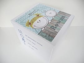 Geboortedoos met geboortekaartje persoonlijk kraamkado Rowan