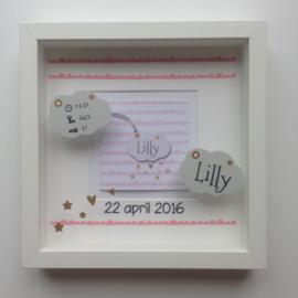 Kraamkado met naam geboorte 3D lijst op basis van het geboortekaartje Lilly