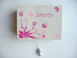 Muziekdoosje van geboortekaartje kraamkado Jasmijn