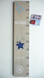 Groeimeter  van geboortekaartje kraamcadeau Nolan