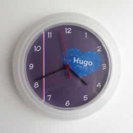 Persoonlijk kraamcadeau geboorteklok op basis van het geboortekaartje Hugo