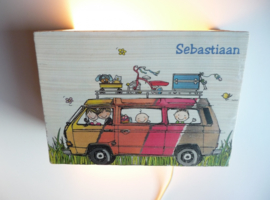 Lamp van het geboortekaartje Sebastiaan