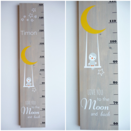 Groeimeter met naam uiltje op schommel maan en sterren