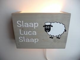 Persoonlijk kado met naam lamp slaap kindje slaap