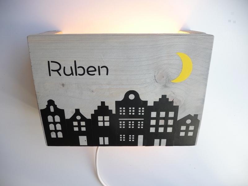Lamp met naam huizen