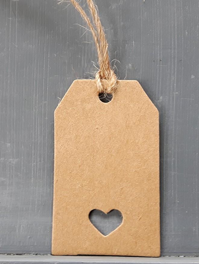 Paketanhänger mit Herz