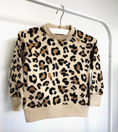 The new class sweater met panterprint
